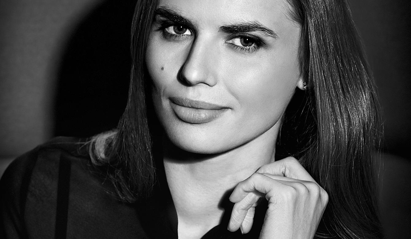 Студийная портретная фотосъемка. Нелла Стрекаловская, актриса. Фотограф: Александр Сакулин