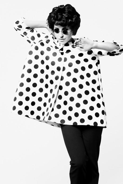 Графичные студийные портреты. Анна Русска, модный блогер. Фотограф: Александр Сакулин