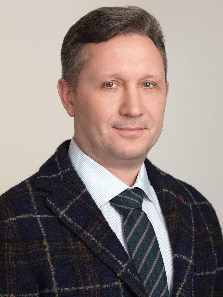 Corporate portrait for GLMED. Photographer Alexander Sakulin