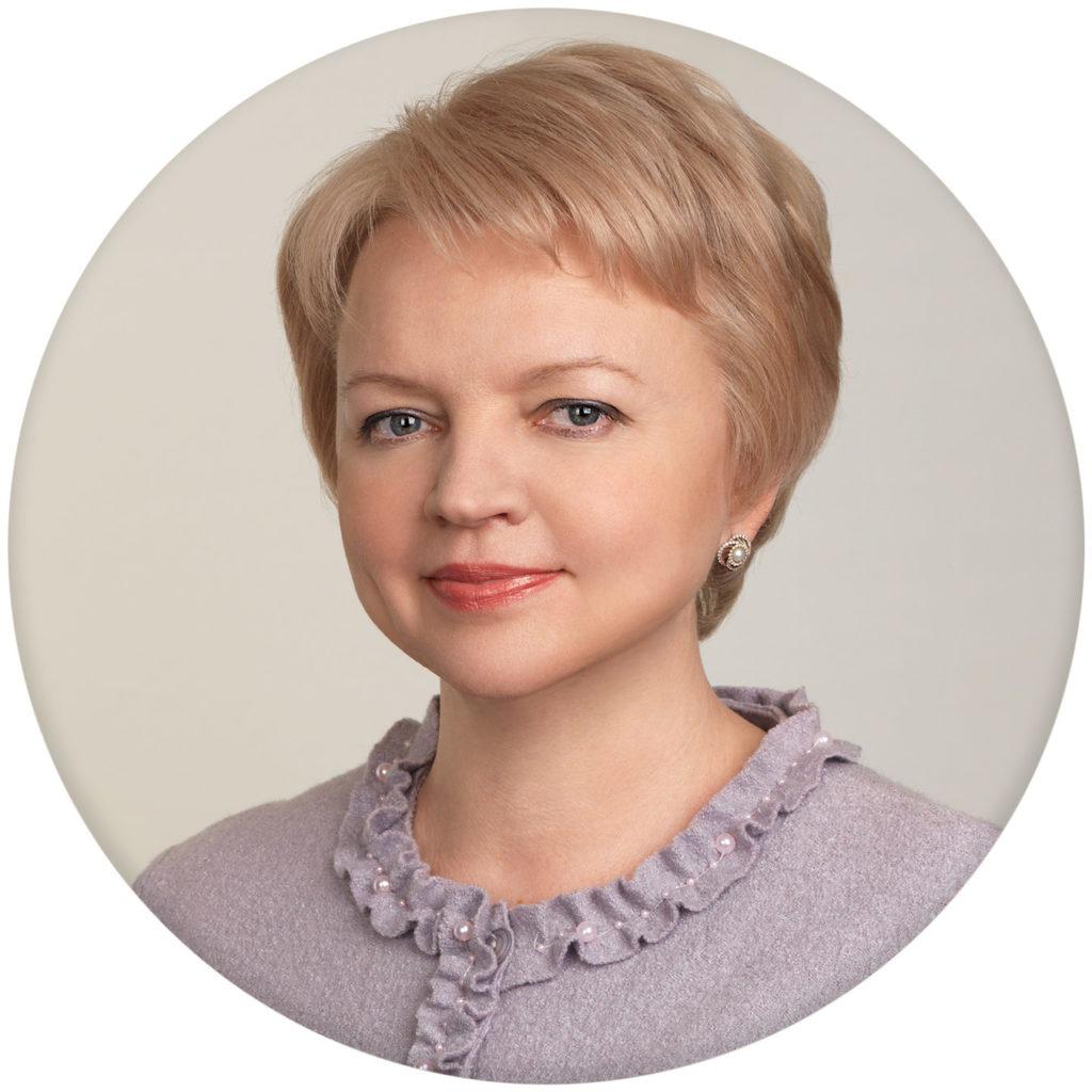 Corporate portraits for premium segment in Moscow, Russia. Photographer Alexander Sakulin