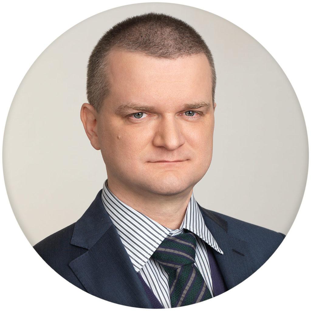 Corporate portrait for premium clinic. Photographer Alexander Sakulin