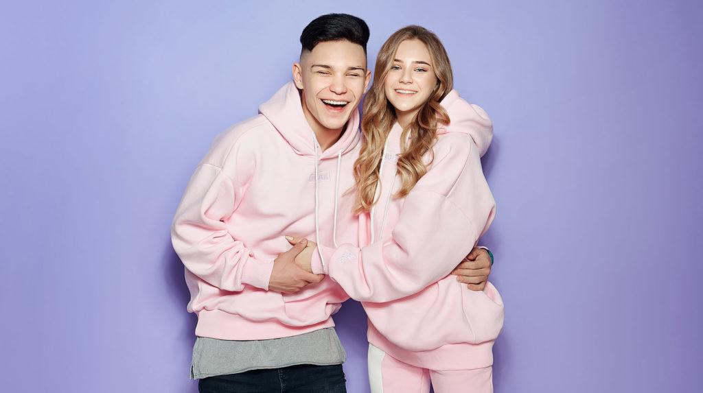 Катя Адушкина и TODES Vavilova 25. Съемка одежды для akwear.ru